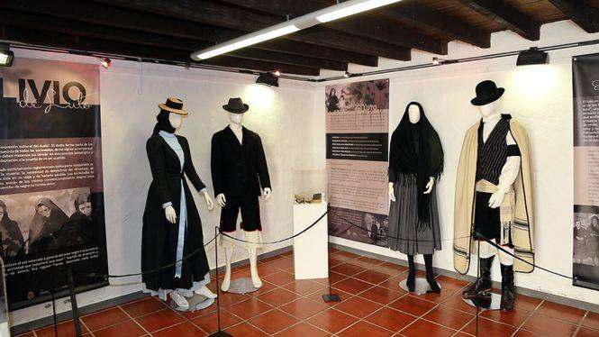 Alivio del Luto, exposición sobre esta indumentaria en Canarias desde finales del XIX