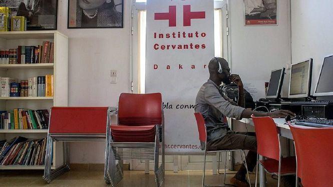 El Instituto Cervantes firma un convenio para impulsar el español en África