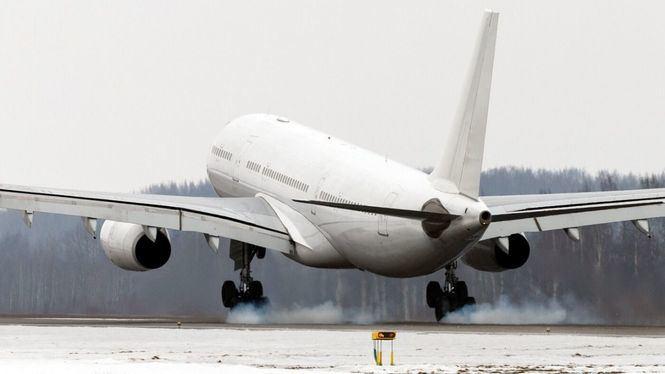 Decenas de vuelos y trenes cancelados por el temporal Filomena