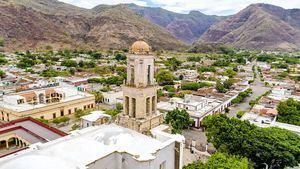 Jala, el pueblo mágico mexicano que cultiva las mazorcas más grandes del mundo