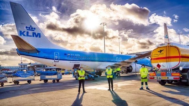 KLM realiza el primer vuelo de pasajeros con queroseno sintético sostenible