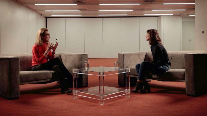 Diálogos Vida Silver: Carmen Posadas y Nagore Suárez, dos generaciones de escritoras