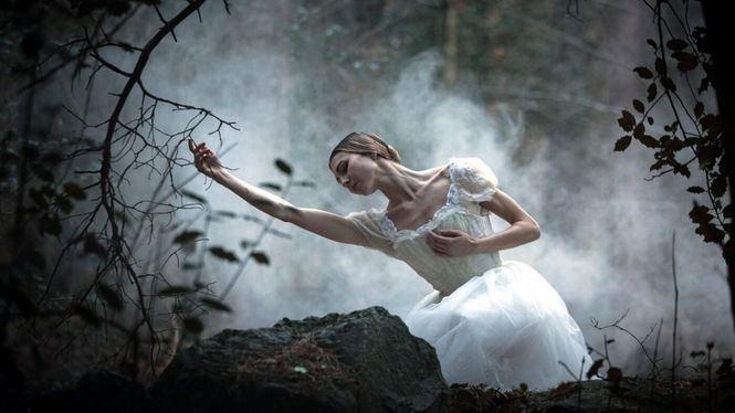 Compañía Nacional de Danza: Giselle en Oviedo y Giselle, el cuento