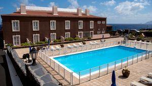 Cabildo de El Hierro reforma el Hotel Balneario