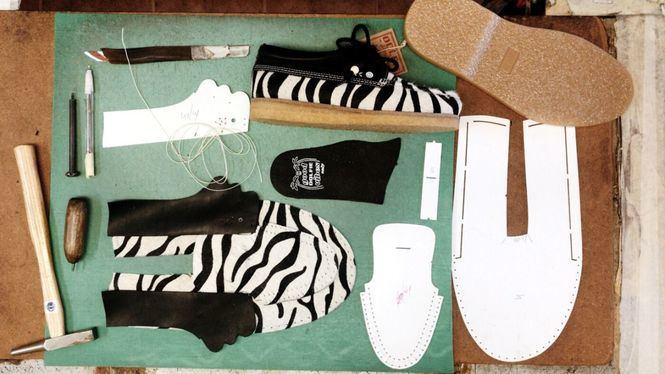 El calzado hecho a mano de Dolfie Paradise, rescata a las familias artesanas