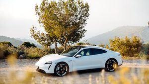 El Porsche Taycan 4S llega a la flota electrificada de SIXT en España