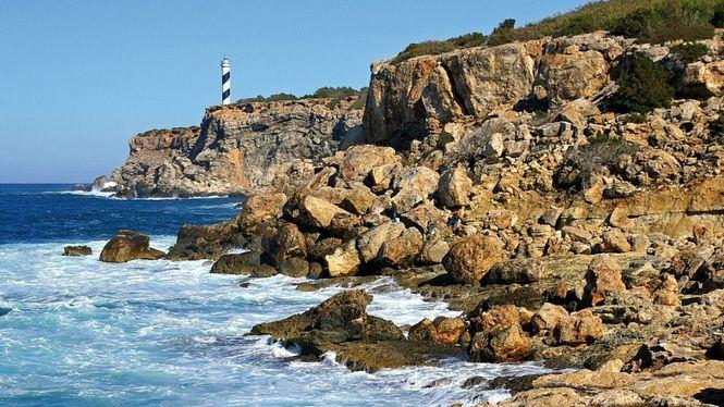Faros imprescindibles en Ibiza y sus islotes