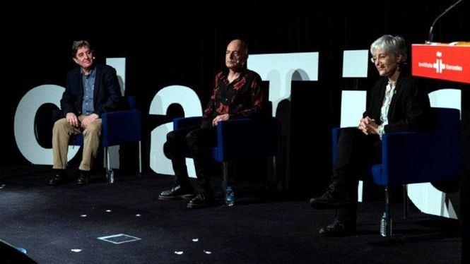 El músico Antonio Arias presentó en el Instituto Cervantes su proyecto Hola Tierra