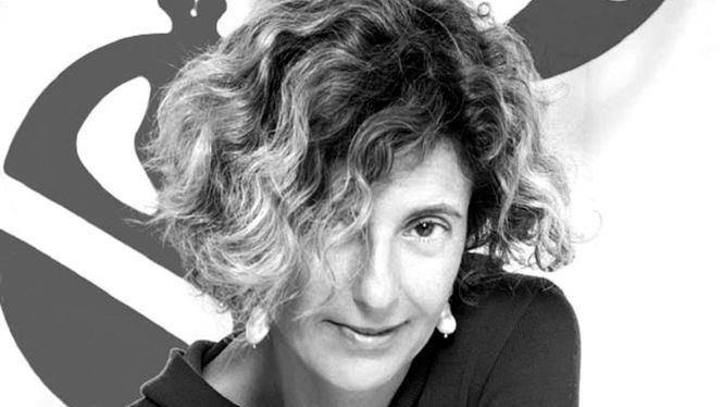 Teresa Sapey: Lo que mejor me puede definir es que me dedico a la creatividad