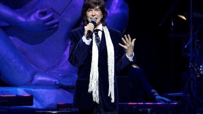 Vivir así es morir de amor: Camilo Sesto revive en los escenarios