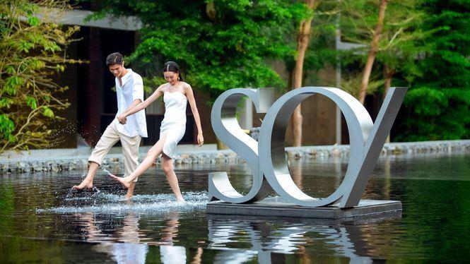 La marca de lujo SO/ se estrena en el sur de España con su estilo vanguardista y rebelde