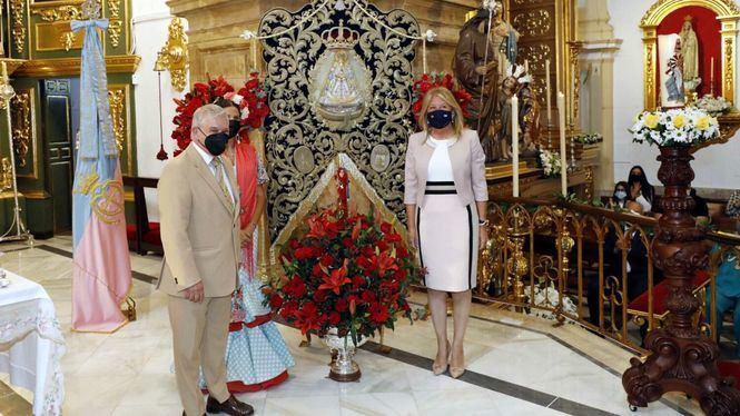Marbella impone la Medalla de la Ciudad a la Virgen del Rocío