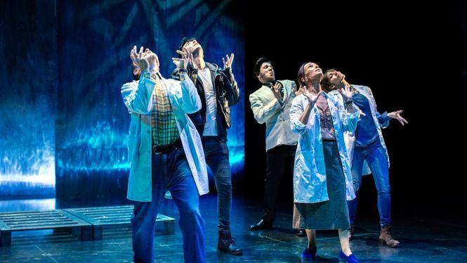 Sandra Ferrús escribe, dirige y coprotagoniza El silencio de Elvis en el Teatro Español