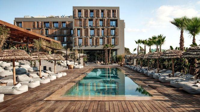 Abre OKU Ibiza, el primer cinco estrellas de Cala Gració