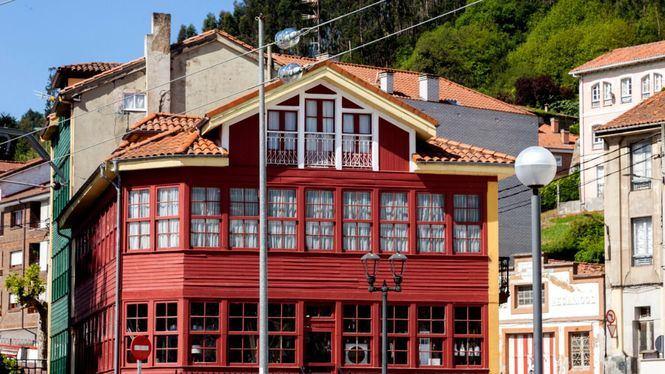 El Gran Hotel Brillante de San Esteban de Pravia vuelve a abrir sus puertas