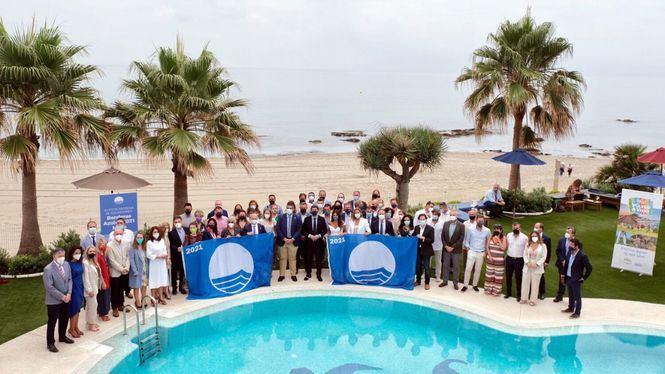 Entrega de Banderas Azules 2021, presidida por el consejero de Turismo de Andalucia