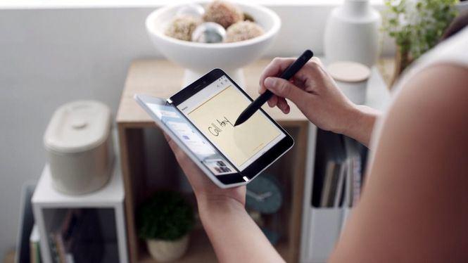 El Surface Duo para empresas que cabe en un bolsillo