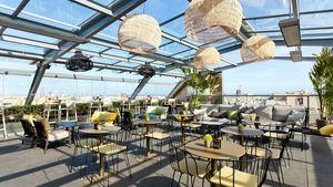 Carta nueva y programa de música en vivo en la terraza del hotel Royal Paseo de Gracia