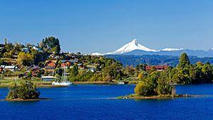 Chile. Carretera Austral.Lago Llanquihue