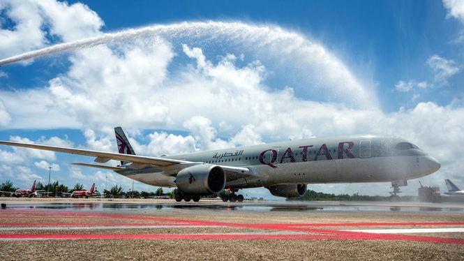 Con la reapertura al turismo internacional de Phuket Qatar Airways aterriza en la isla
