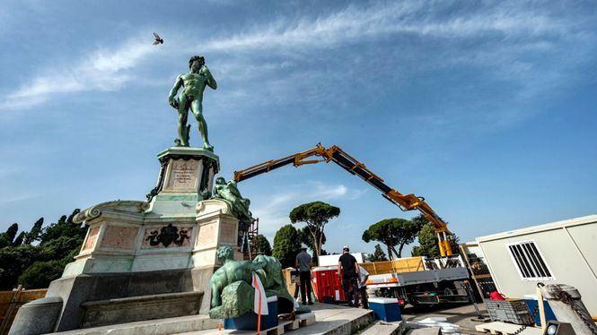 Restauración del Monumento a Miguel Ángel en Florencia