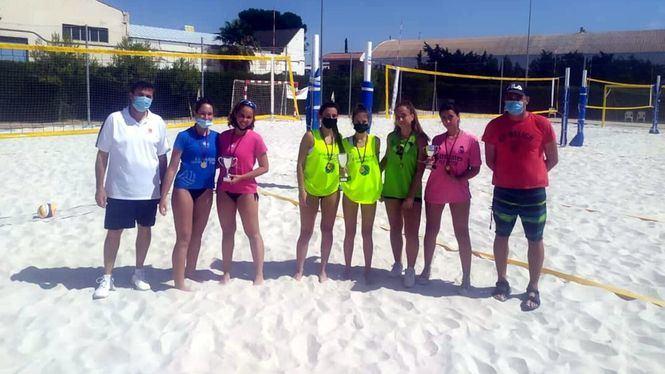 El Club de Deportes La Manga ha conseguido proclamarse campeón de vóley en cuatro categorías