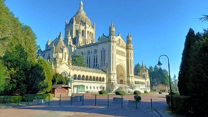 Lisieux, segunda ciudad de peregrinaje en Francia