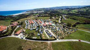 Camping y Caravaning Playa De Oyambre