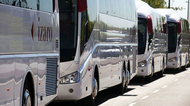 Autocares Ízaro de Moventis, transporte para llegar a los parques naturales de La Cerdaña