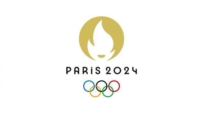 Entrega de la llama olímpica a Francia para París 2024