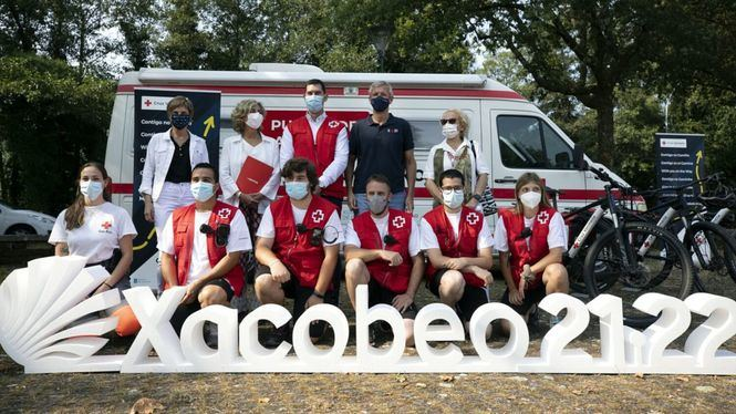 Cruz Roja colabora con Mapfre y La Xunta para reforzar la seguridad en el Camino de Santiago