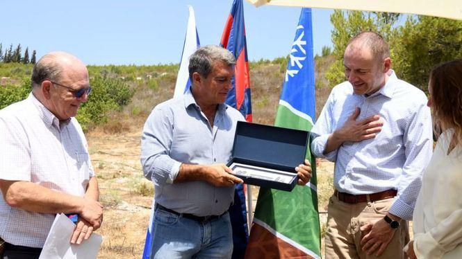El FC Barcelona se une al proyecto de plantación de árboles en Tzura (Israel)