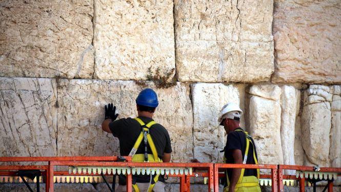 El Muro de las Lamentaciones pasa la inspección previa a las festividades judías