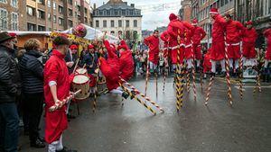 La lucha de los Zancos de Namur, el evento más destacado las Fiestas de Valonia