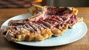 Rocacho reanuda su compromiso de ser el único restaurante en ofrecer las carnes de El Capricho
