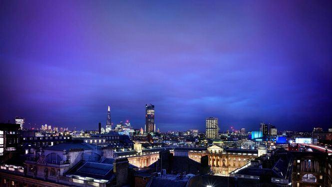 ME London arranca la temporada otoñal con una exposición de James Barnor y Benji Reid