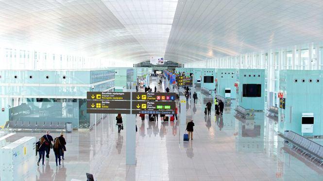 España recibió en agosto un 172% más de pasajeros internacionales que en 2020