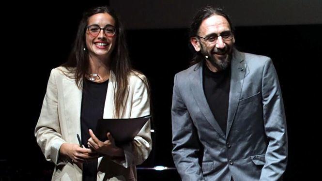 Teatro del Barrio: El poder destructor de los estúpidos y cómo combatirlos