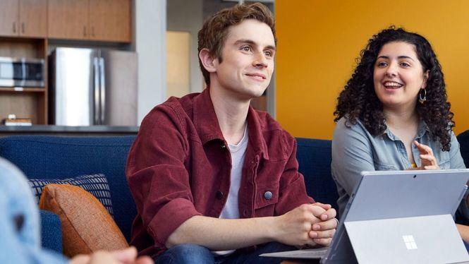La formación en Microsoft Azure mejora la incorporación al mercado laboral de los jóvenes