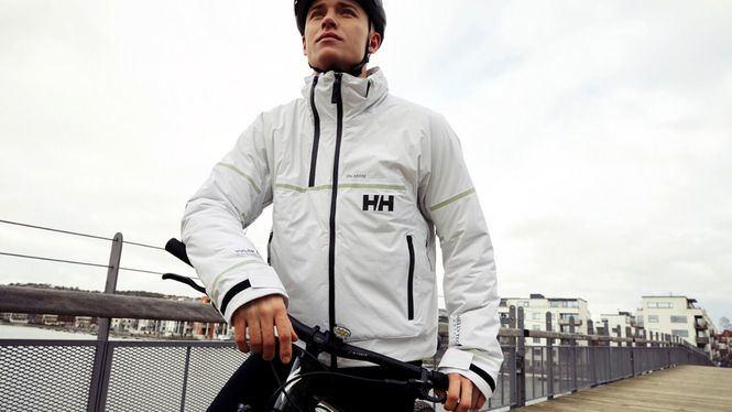 Lumines Jacket, la chaqueta con luz propia de Helly Hansen