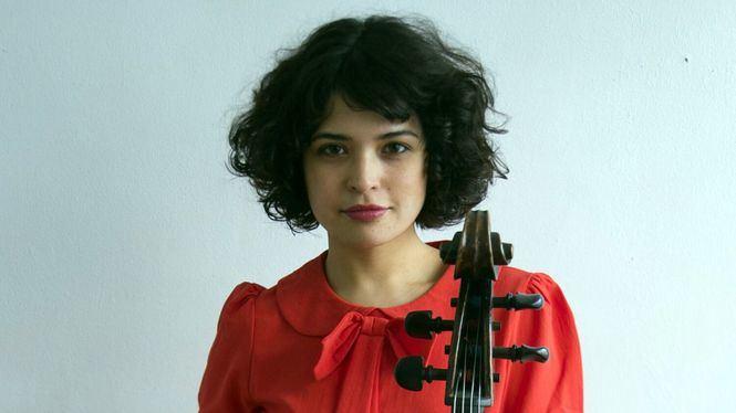 La cantante y violoncelista cubana Ana Carla Maza en la Sala Clamores este domingo