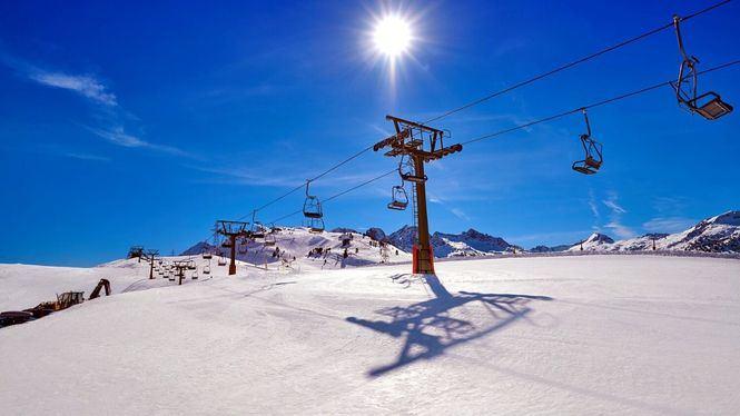Tras la pandemia, los aficionados al esquí prevén volver a practicarlo esta temporada