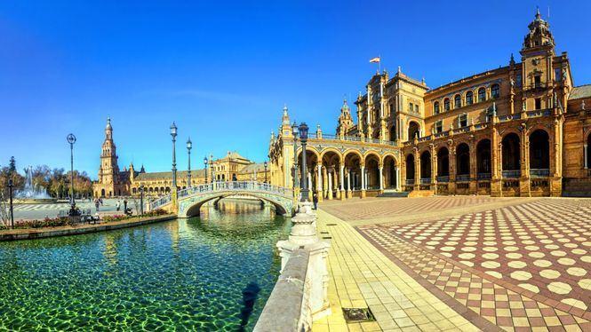 Tras la vuelta del turismo internacional los españoles eligen París, Londres y Roma