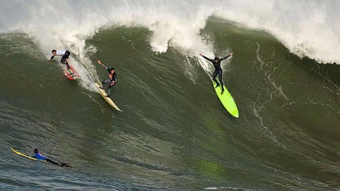 Nueva edición del campeonato de surf 'La Vaca Gigante'