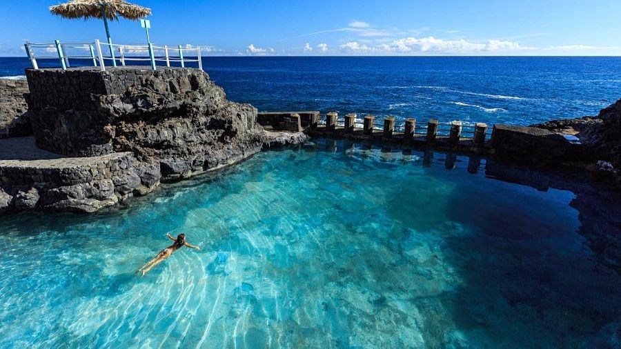 Playas y piscinas naturales de la palma para escaparse for Hoteles con piscinas naturales