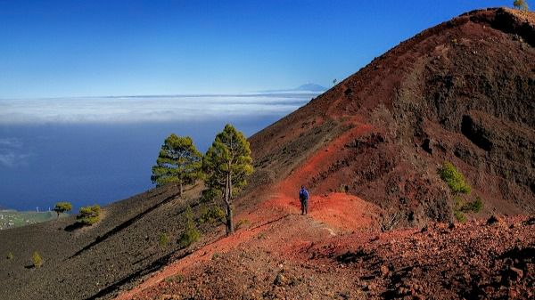 La ruta de los volcanes de La Palma vuelve a abrirse al público