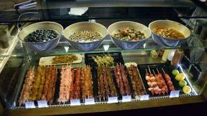 Mercado de San Ildefonso: aperitivos con las primeras aceitunas de la temporada