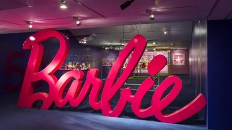 """""""Barbie, más allá de la muñeca"""" en la Fundación Canal"""
