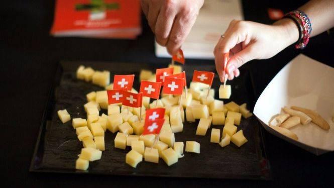 Tercera edición de Swiss Master Cheese