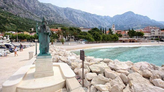 Makarska, las playas más bellas de Croacia con un bello centro histórico